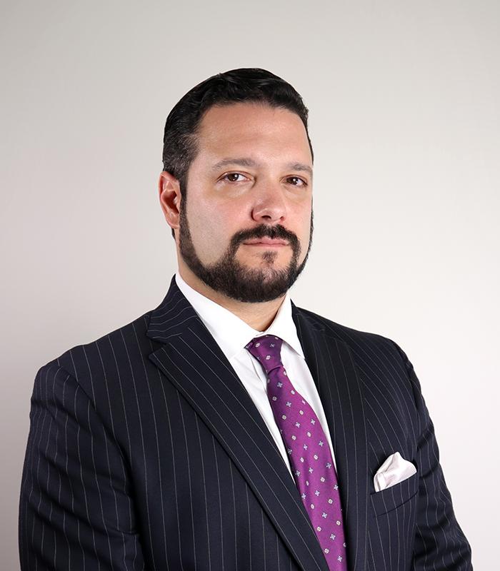 Profile photo: Carlos Osorio